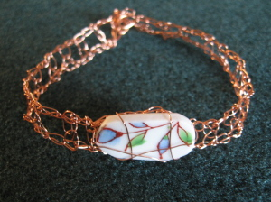 Richard Ginori broken china crochet wire bracelet