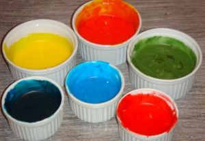 several-colors-of-frosting